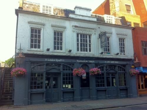 The Twickenham Tavern, London Road