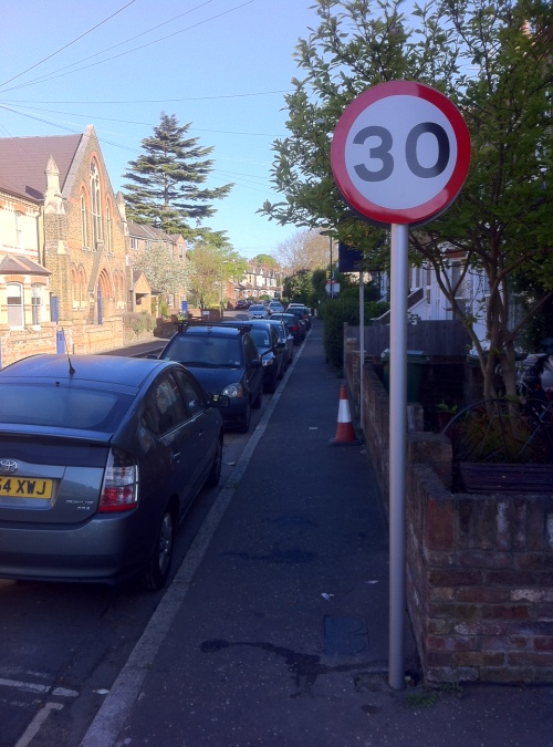 30mph for Queen's Road