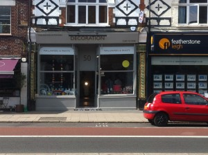 Decoration, 50 Heath Road, TW1