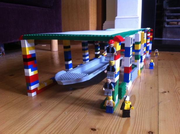 Lego Gloriana boathouse