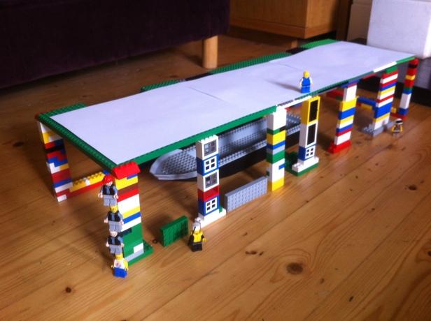Boathouse (Lego scale)