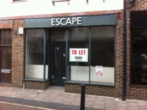 To let. Shop on Church Street