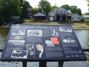 Music Legends sign opposite Eel Pie Island