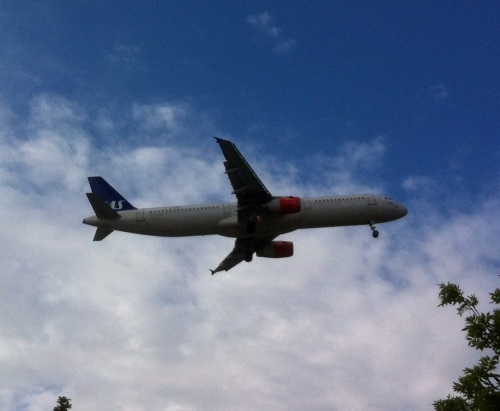 Plane landing at Heathrow