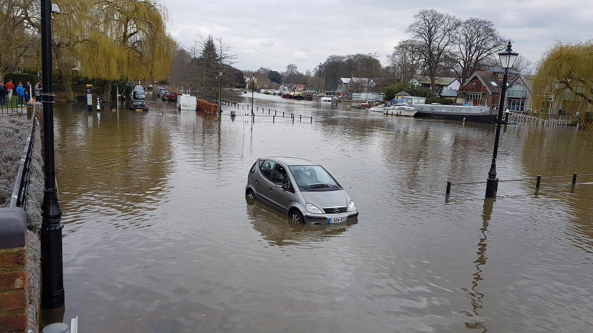 Richmond Riverside Car Park Twickenham